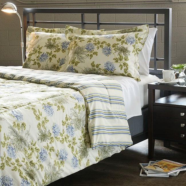 Water Flower Ivory 3-piece Full/ Queen-size Duvet Cover Set