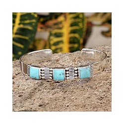 Sterling Silver 'Aztec Crown' Turquoise Cuff Bracelet (Mexico)