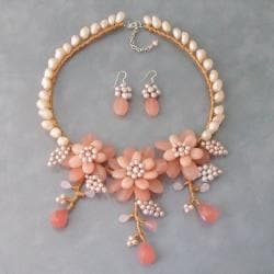 Sweet Pink Quartz and Pearl 3-piece Jewelry Set (Thailand)