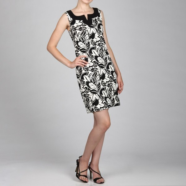 Jessica Howard Women's Black/White Split Neck Dress