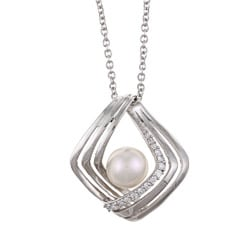 Kabella Sterling Silver Freshwater Pearl and Cubic Zirconia Necklace (8-9 mm)