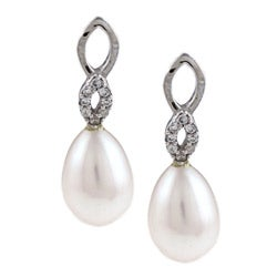 Kabella Sterling Silver Freshwater Pearl and Cubic Zirconia Earrings (7-8mm)