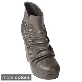 Journee Collection Women's 'Belle-85' Slouchy Wedge Ankle Boots