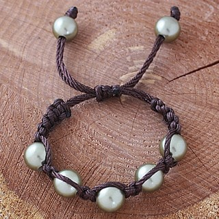 Brown Macrame Cord Olive Shell Pearl Bracelet (14 mm) (USA)