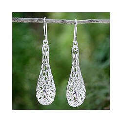 Handcrafted Sterling Silver 'Thai Lace' Dangle Earrings (Thailand)