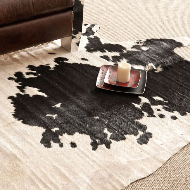 Safavieh Handpicked Hacienda Argentinian Black Cowhide Leather Rug (4'6 x 6'6)