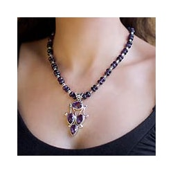 Sterling Silver 'Purple Sonnet' Amethyst Necklace (India)