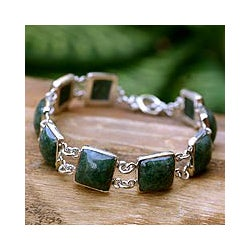 Sterling Silver 'Love's Riches' Jade Link Bracelet (Guatemala)