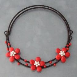 Cotton Red Coral and Pearl Flower Choker Necklace (4-5 mm) (Thailand)