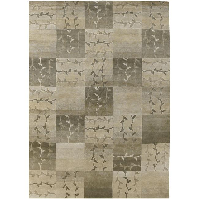 Hand-knotted Green Floral Tudor New Zealand Wool Rug (9' x 13')