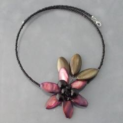 Deep Purple Shell and Onyx Floral Choker Necklace (Thailand)
