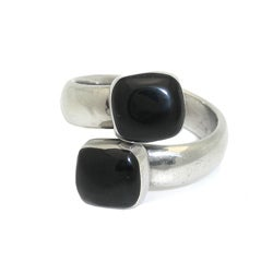 Alpaca Silver Twin Onyx Wrap Ring (Mexico)