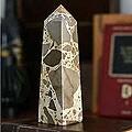Handcrafted Leopard Jasper 'Fortress' Obelisk Sculpture (Peru)