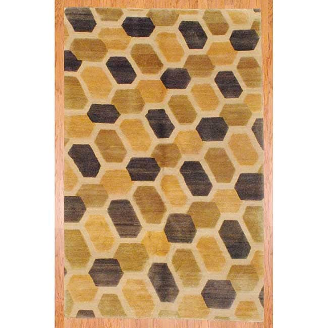 Tibetan Hand-knotted Gold/ Beige Wool Rug (5'9 x 8'10)