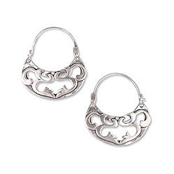 Sterling Silver 'Dancing River' Hoop Earrings (Mexico)
