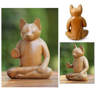 Handcrafted Suar Wood 'Blessing Cat' Sculpture (Indonesia)