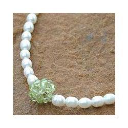Pearl 'Mystic Sea Treasure' Peridot Necklace (4-4.5 mm) (Thailand)