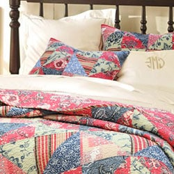 Red Rose Garden Quilt Set