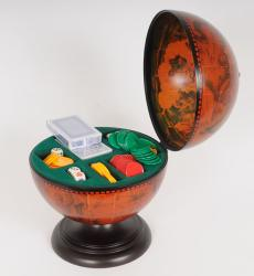 Old Modern Handicrafts Globe Poker Set