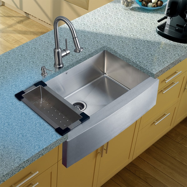 Vigo Farmhouse Stainless-Steel Undermount Kitchen Sink/Faucet/Colander/Strainer/Dispenser