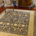 "Handmade Majestic Black/Ivory Traditional New Zealand Wool Rug (7'6"" x 9'6"")"