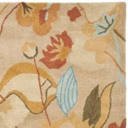 Safavieh Handmade Soho Flora Beige New Zealand Wool Rug (5' x 8')