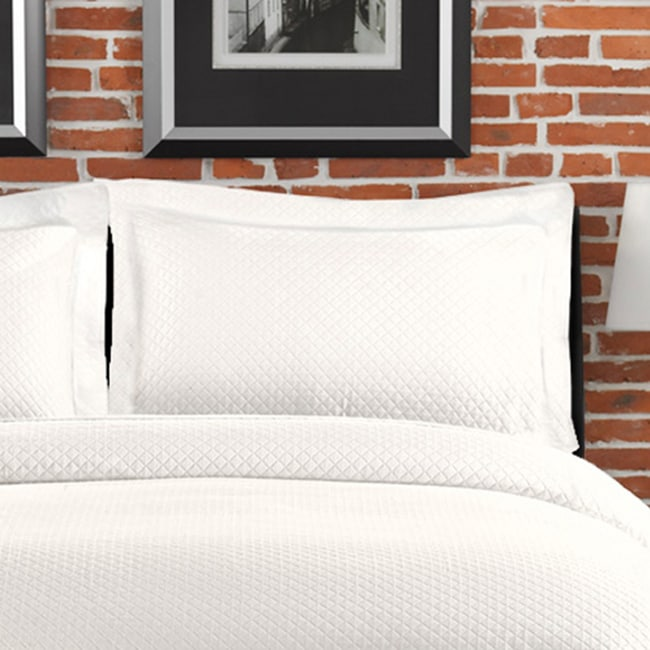 Diamante Matelasse White Standard-size Sham at Sears.com