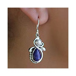 Sterling Silver 'Midnight Moon' Pearl and Lapis Earrings (5 mm)(India)