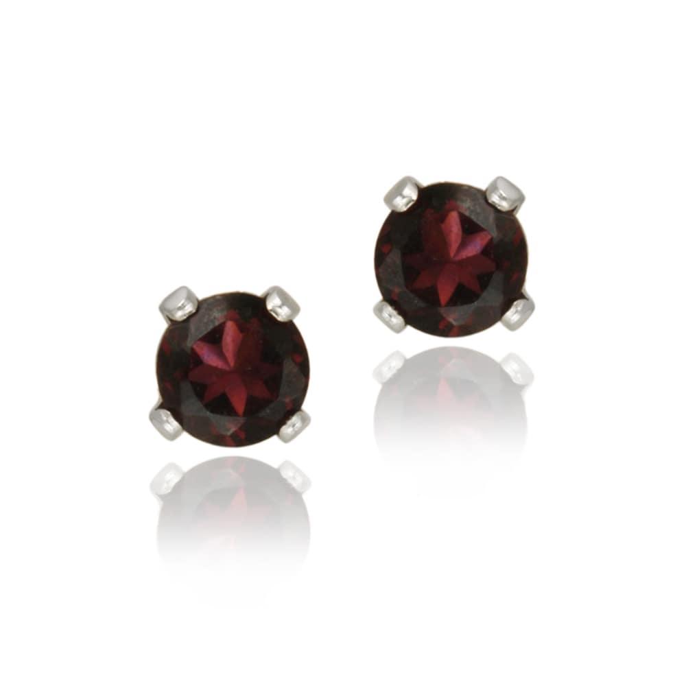 Glitzy Rocks 14k White Gold 3/5ct TGW 4mm Garnet Stud Earrings