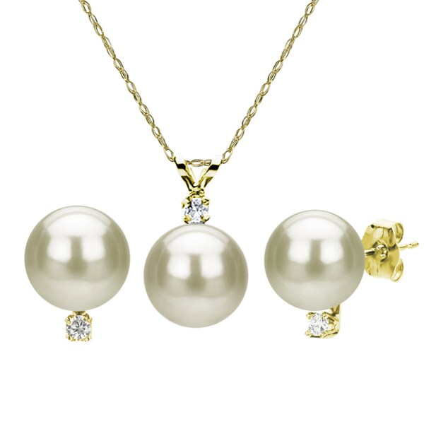 DaVonna 14k Gold Cultured Pearl and Diamond Earrings/ Necklace Set (7-7.5 mm/ 18 in)