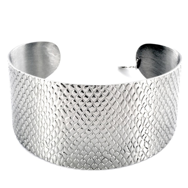West Coast Jewelry Silvertone Scale-textured High-polish Stainless Steel Cuff Bracelet