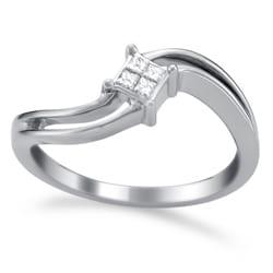 Montebello 14k White Gold 1/10ct TDW Curved Princess Diamond Ring (H-I, I2)