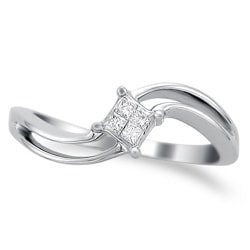 14k White Gold 1/10ct TDW Curved Princess Diamond Ring (H-I, I2)
