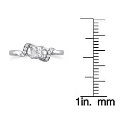 14k White Gold 1/4ct TDW Multi Stone Princess Cut Diamond Ring (H-I, I2-I3)