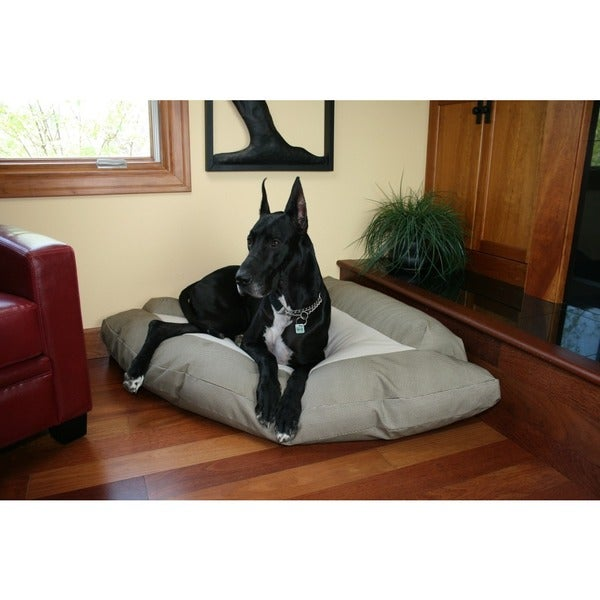 Hidden Valley Extra-large Cotton/ Fleece Corner Dog Bed