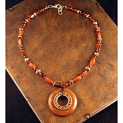 Peyote Bird Designs Bead and Donut Necklace (China)