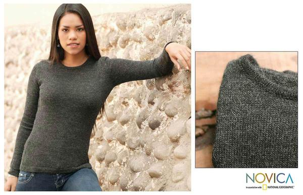 Women's Alpaca Wool 'Onyx Charm' Sweater (Peru)