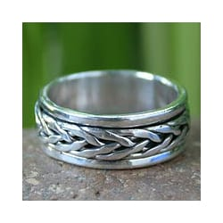 Men's Sterling Silver 'Lanna Hero' Spinner Band (Thailand)