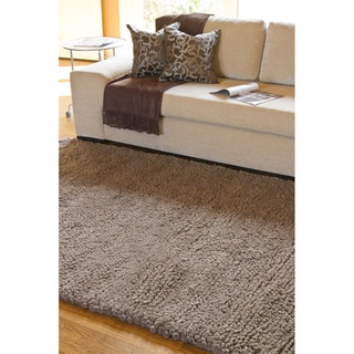 Hand-woven Edmonton Wool Rug (9 x 13)