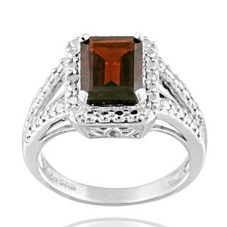 Glitzy Rocks Silver 2 1/2ct TGW Garnet and Diamond Accent Ring
