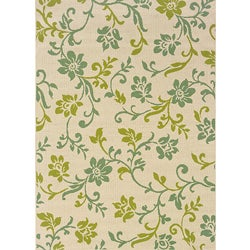 Ivory/Green Outdoor Area Rug (6'7 x 9'6)