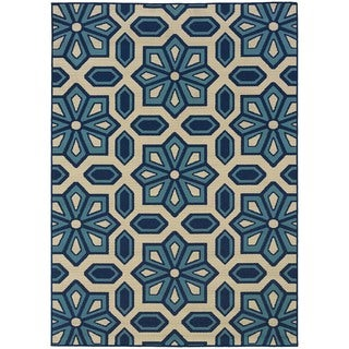 "Ivory/Blue Indoor/Outdoor Area Rug (6'7"" x 9'6"")"