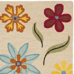 Safavieh Handmade Blossom Beige Floral Pattern Wool Rug (8' x 10')
