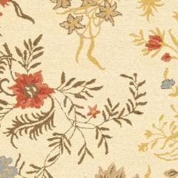 Safavieh Handmade Blossom Beige Traditional Floral Wool Rug (8' x 10')