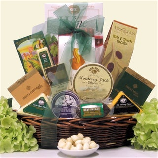 Classic Gourmet Cheese:  Gourmet Cheese Gift Basket