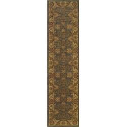 Ellington Green/Beige Traditional Area Runner Rug (1'11 x 7'6)