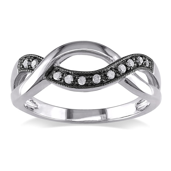 Haylee Jewels Black and White Sterling Silver 1/10ct TDW Diamond Infinity Ring