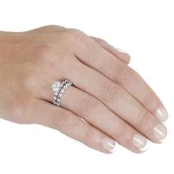 Journee Collection Silvertone Round-cut White CZ Bridal Ring Set