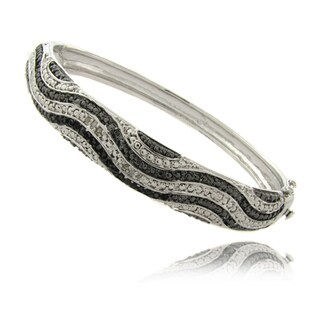 Finesque Silverplated 1/4ct TDW Black and White Diamond Bangle Bracelet (I-J, I2-I3)