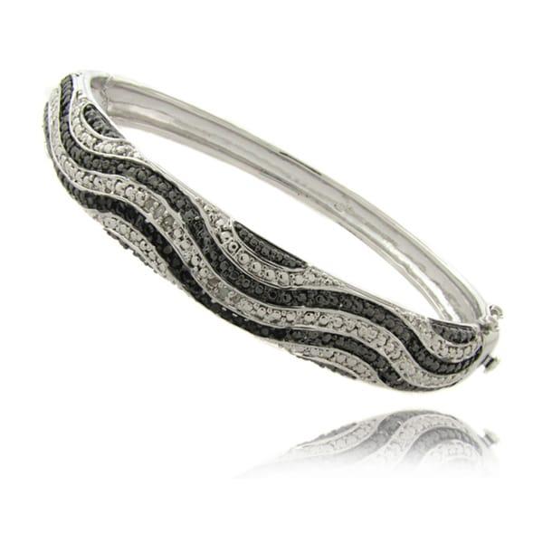 Finesque Silverplated 1/4ct TDW Black and White Diamond Bangle Bracelet (I-J, I2-I3)
